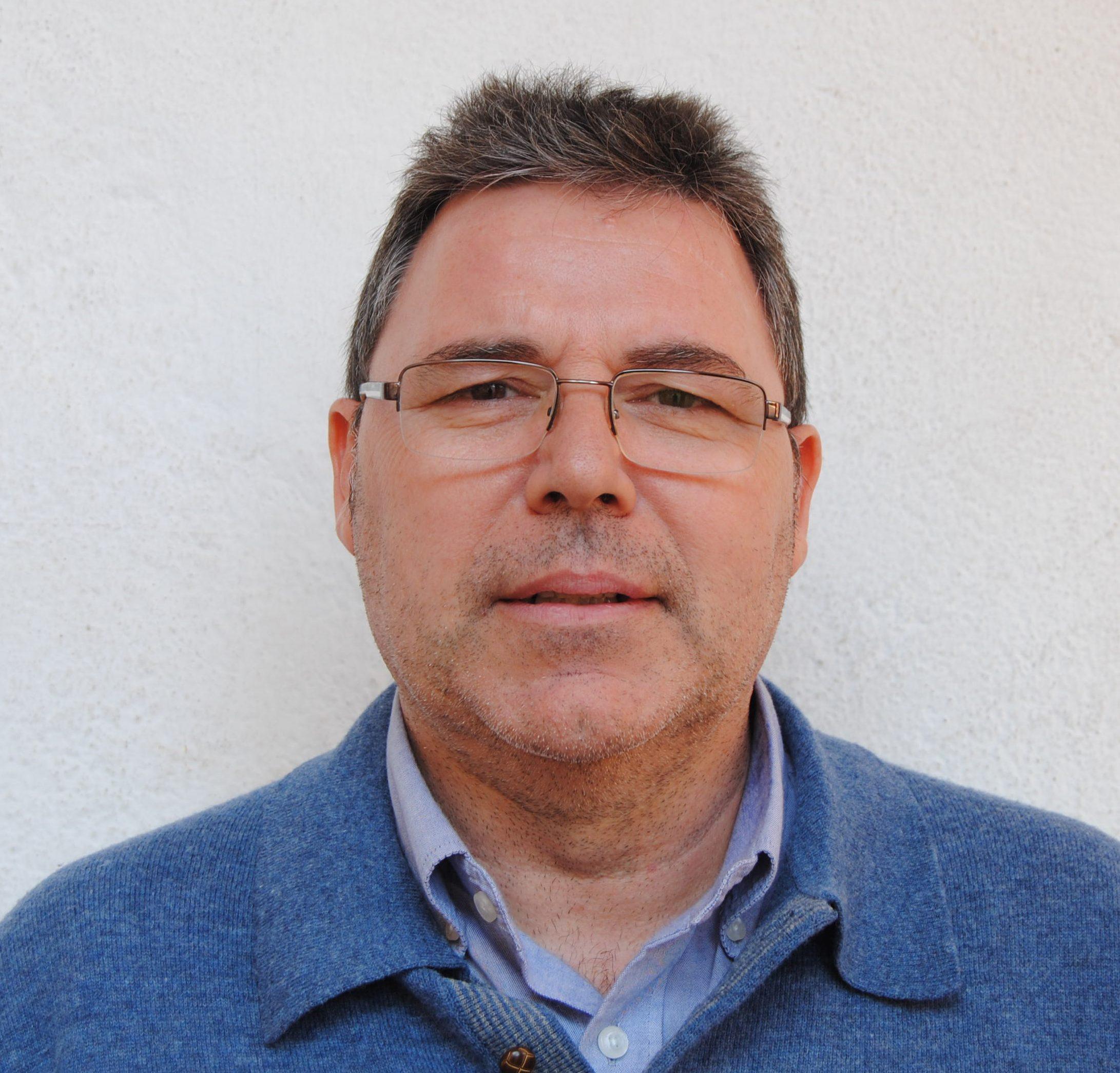 Santos Hernández